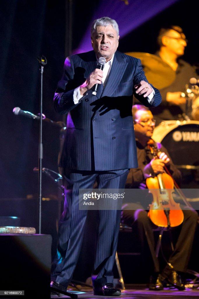 Singer Enrico Macias. : News Photo