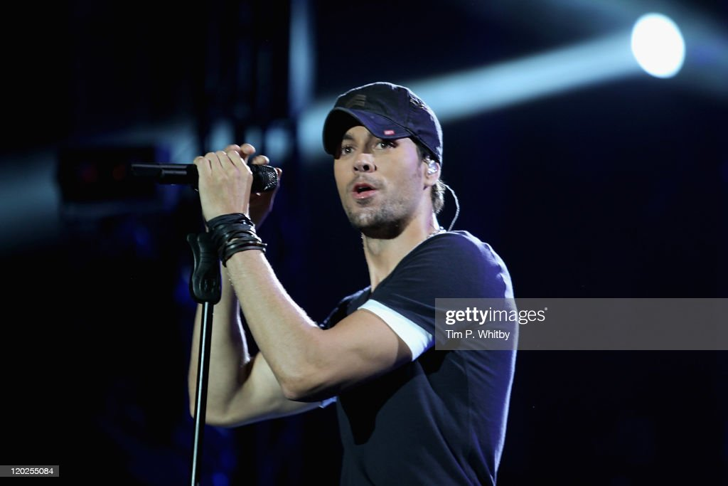 Singer Enrique Iglesias performs on stage during MTV Live Georgia at Europe Square on August 2, 2011 in Batumi, Georgia.
