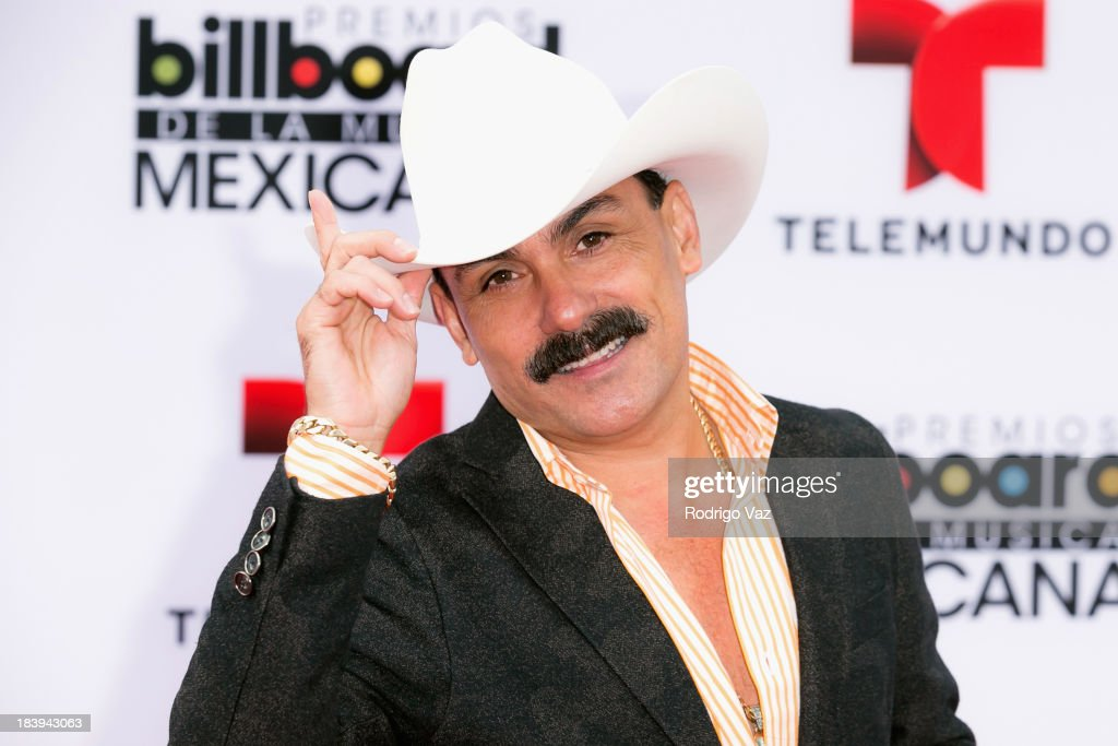 Singer Ernesto Perez attends the 2013 Billboard Mexican Music Awards arrivals at Dolby Theatre on October 9, 2013 in Hollywood, California.