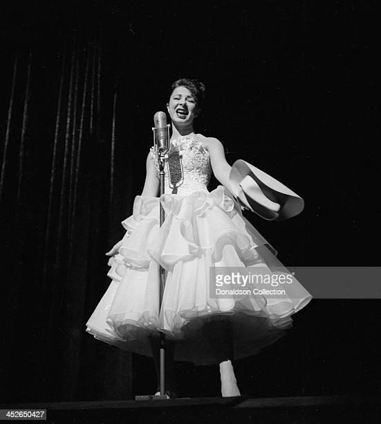636点のイーディ ゴーメのストックフォト - Getty Images