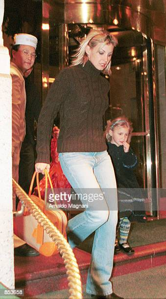 Singer Faith Hill and daughter Gracie Katherine head out for the night March 30 2001 from a midtown hotel in New York City