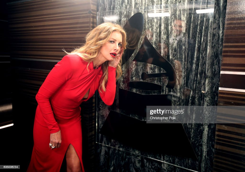 Singer Faith Hill attends The 59th GRAMMY Awards at STAPLES Center on February 12, 2017 in Los Angeles, California.