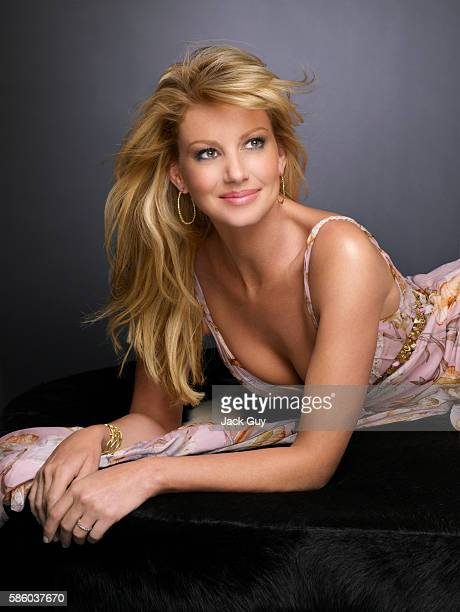 Singer Faith Hill is photographed for Redbook Magazine in 2007 PUBLISHED IMAGE