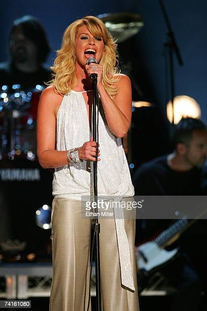 Singer Faith Hill performs onstage during the 42nd Annual Academy Of Country Music Awards held at the MGM Grand Garden Arena on May 15 2007 in Las...