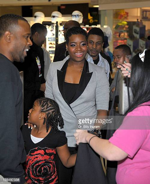 Singer Fantasia and her daughter Zion Barrino attend the unveiling of her favorite shake at Millions of Milkshakes on November 24 2010 in Culver City...