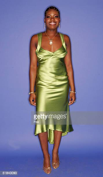 Singer Fantasia Barrino poses for a portrait during the 2004 Billboard Music Awards at the MGM Grand Garden Arena on December 8 2004 in Las Vegas...