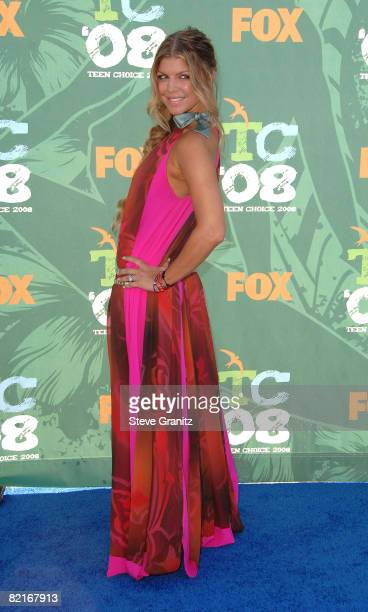Singer Fergie arrives at the 2008 Teen Choice Awards at Gibson Amphitheater on August 3 2008 in Los Angeles California