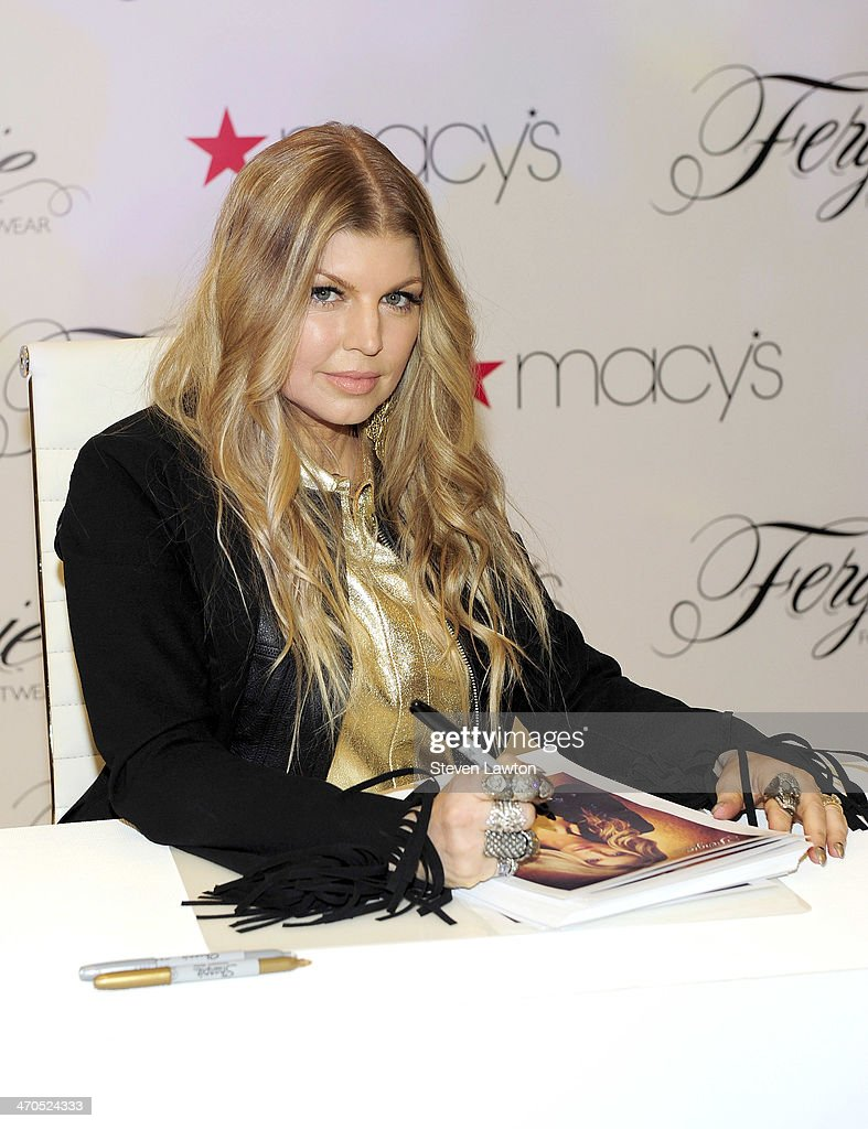 Fergie Makes A Personal Appearance At Macy's Fashion Show Mall