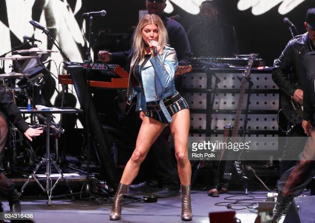 Singer Fergie performs at the TommyLand Tommy Hilfiger Spring 2017 Fashion Show on February 8 2017 in Venice California