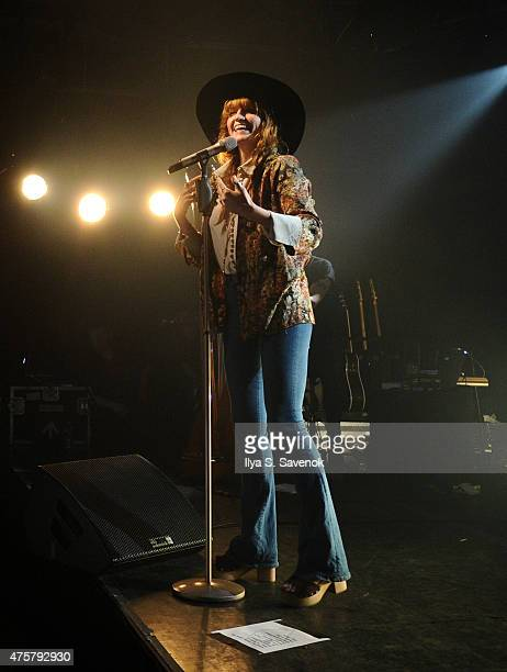 Singer Florence Welch of Florence And The Machine perfoms onstage during the iHeartRadio LIVE performance and Q&A with Florence And The Machine on...