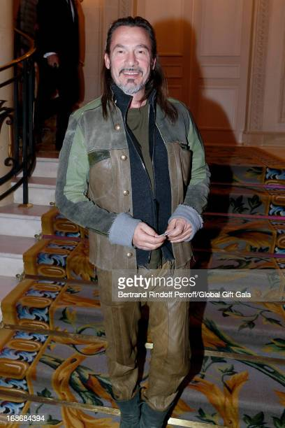Singer Florent Pagny attends 'Global Gift Gala' at Hotel George V on May 13, 2013 in Paris, France.