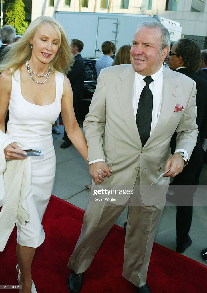 Singer Frank Sinatra Jr. (R) arrives at the premiere of Paramounts' 'The Manchurian Candidate' at the Samual Goldwyn Theater on July 22, 2004 in Beverly Hills, California.