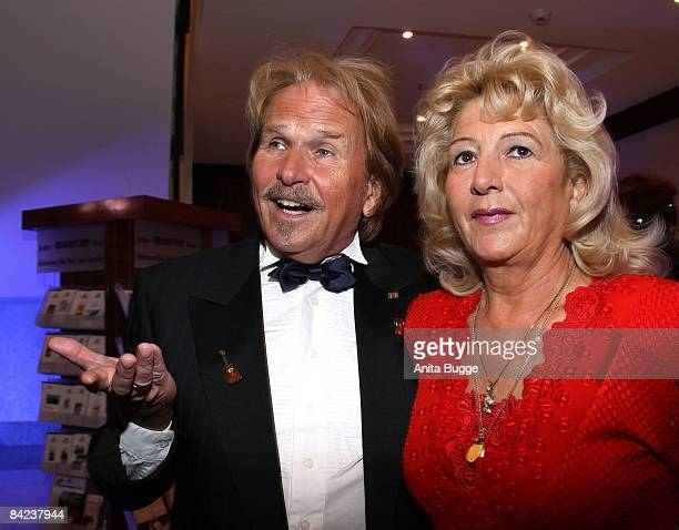 Singer Frank Zander and his wife Eva attend the Berlin Press Ball 2009 on January 10 2009 in Berlin Germany
