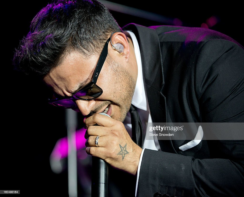 R&B singer Frankie J performs at Route 66 Casino's Legends Theater on FEBRUARY 23, 2013 in Albuquerque, New Mexico.