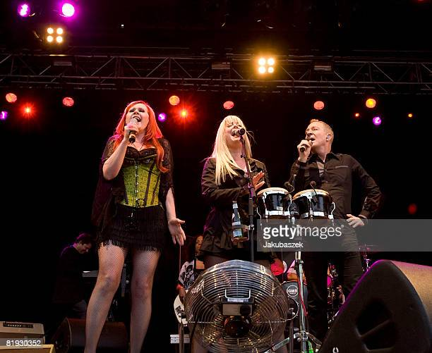 Singer Fred Schneider, Cindy Wilson and Kate Pierson and of the US Rock band 'The B-52's' perform live during a concert at the Zitadelle on July 14,...