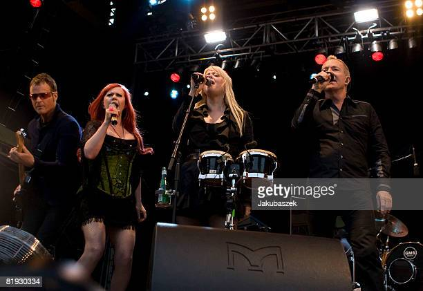 Singer Fred Schneider Cindy Wilson Kate Pierson and guitarist Keith Strickland of the US Rock band 'The B52's' perform live during a concert at the...