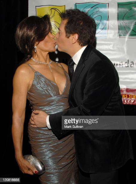 Singer Freda Payne and composer Michael Feinstein attend The Young Musicians Foundation 53rd Annual Gala on October 19, 2007 in Beverly Hills,...