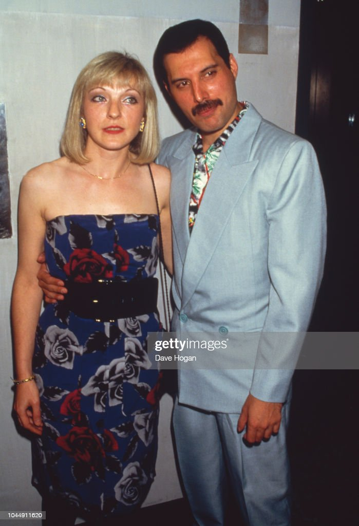 Freddie Mercury And Mary Austin : News Photo