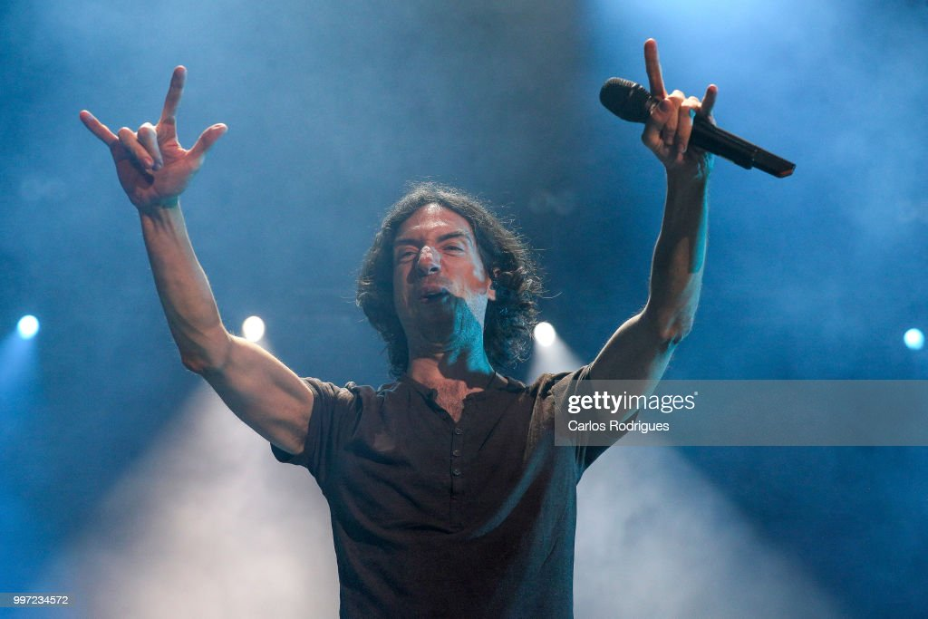 Singer Gary Lightbody of Snow Patrol performs during Day 1 of NOS Alive Festival 2018 on July 12, 2018 in Lisbon, Portugal.