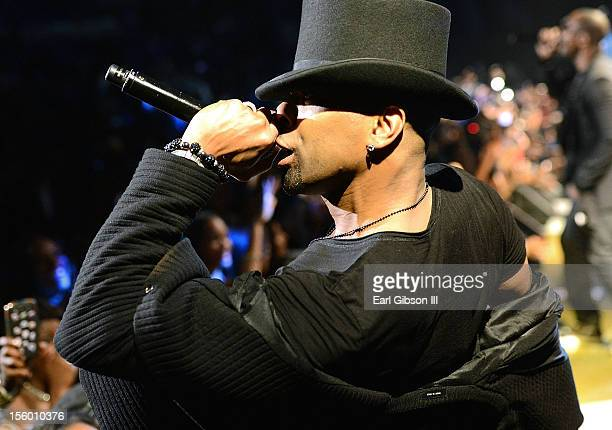 Singer Ginuwine performs with TGT at Soul Train Awards Weekend Live in Concert at PH Live at Planet Hollywood Resort Casino on November 10 2012 in...
