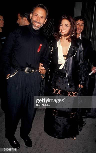 Singer Gloria Estefan and husband Emilio Estefan attending 'Aretha Franklin Duets Concerts' on April 27 1993 at the Neederlander Theater in New York...