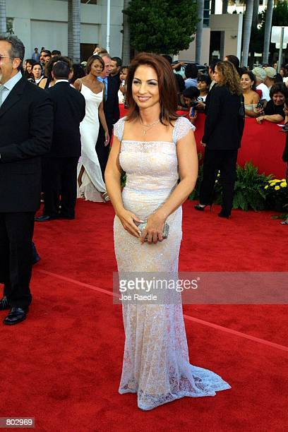 Singer Gloria Estefan arrives at the 12th Annual Billboard Latin Music Awards April 26 2001 in Miami Beach FL The event is a showplace for Hispanic...