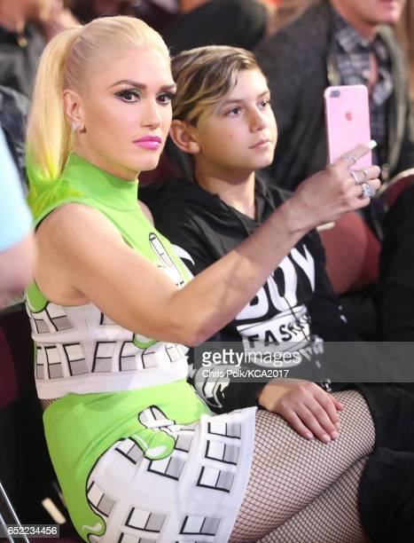 Singer Gwen Stefani and Kingston Rossdale at Nickelodeon's 2017 Kids' Choice Awards at USC Galen Center on March 11 2017 in Los Angeles California
