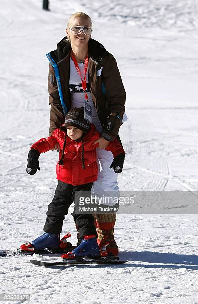 Singer Gwen Stefani and son Kingston play in the snow at Juma Entertainment's 17th Annual Deer Valley Celebrity Skifest presented by Paul Mitchell...