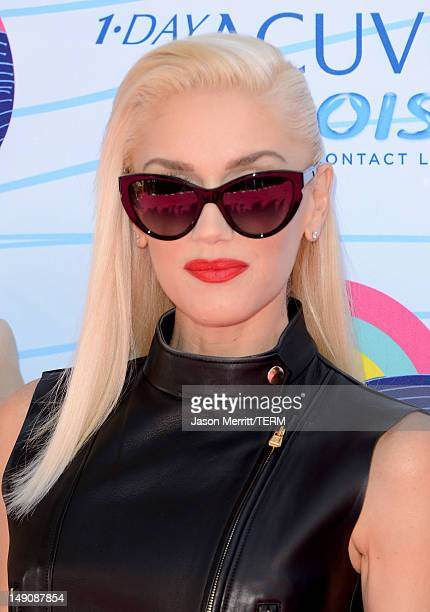 Singer Gwen Stefani arrives at the 2012 Teen Choice Awards at Gibson Amphitheatre on July 22 2012 in Universal City California