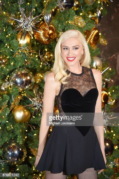 Singer Gwen Stefani lights The Empire State Building to promote The Holiday Light Show at The Empire State Building on November 20 2017 in New York...