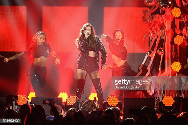 Singer Hailee Steinfeld performs onstage during 1035 KISS FM's Jingle Ball 2015 presented by Capital One at Allstate Arena on December 16 2015 in...