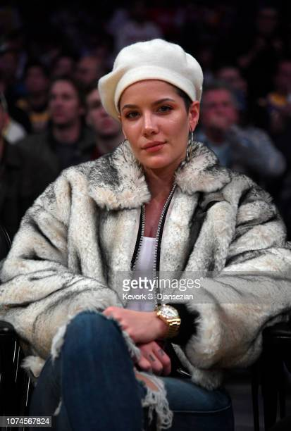 Singer Halsey attends a basketball game between New Orleans Pelicans and Los Angeles Lakers at Staples Center on December 21 2018 in Los Angeles...