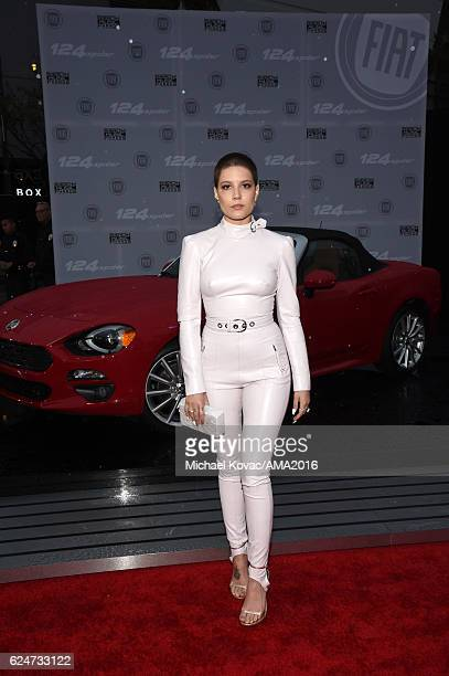 Singer Halsey attends the 2016 American Music Awards Red Carpet Arrivals sponsored by FIAT 124 Spider at Microsoft Theater on November 20 2016 in Los...