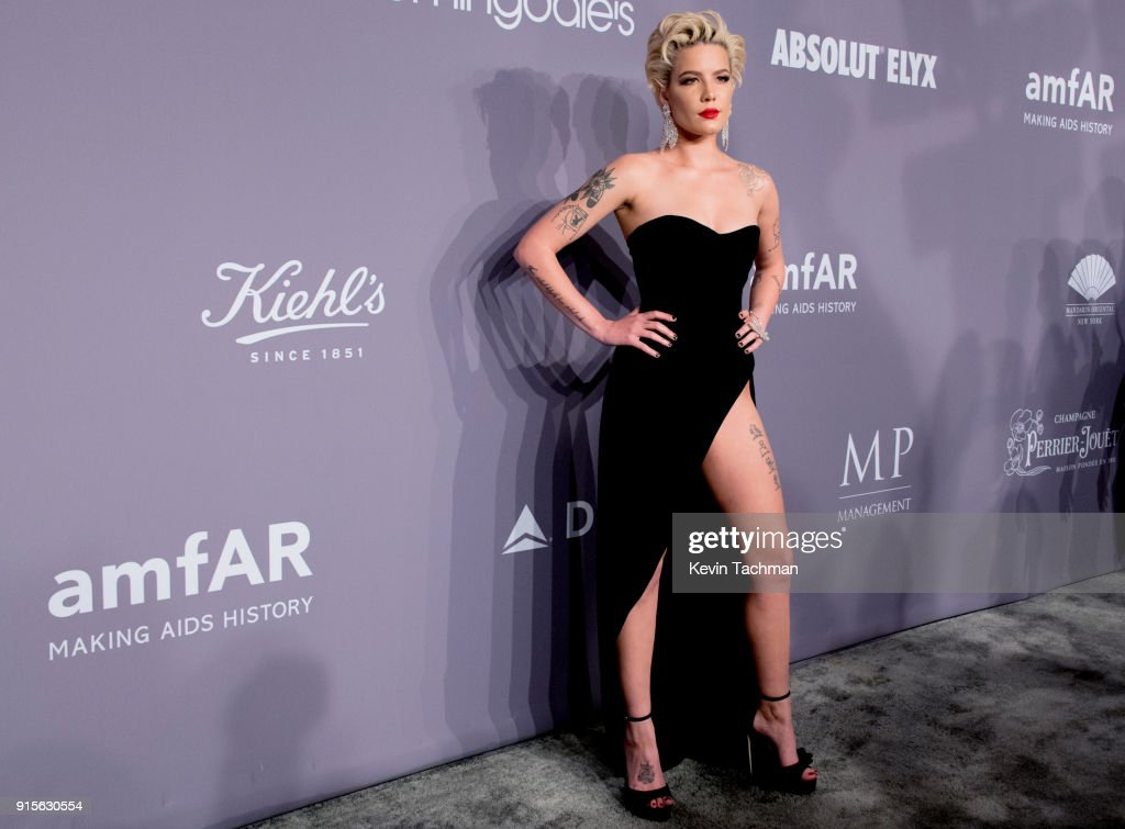 Singer Halsey attends the 2018 amfAR Gala New York at Cipriani Wall Street on February 7, 2018 in New York City.