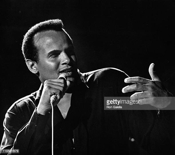 Singer Harry Belafonte performs at International Radio and Television Society Anniversary Gala on March 9 1967 at the Waldorf Hotel in New York City