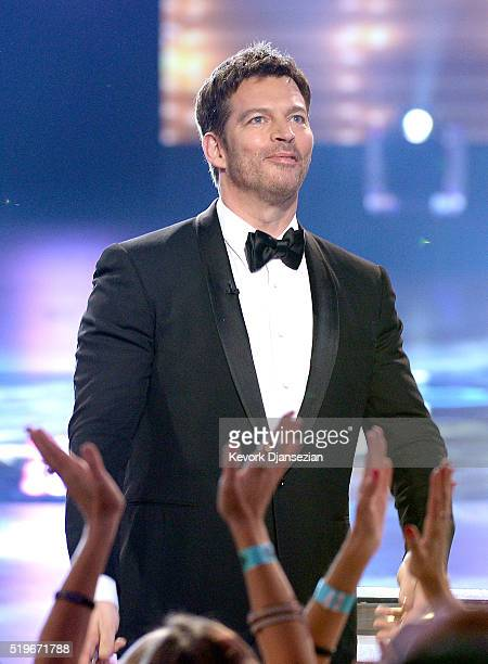 """Singer Harry Connick, Jr. Greets fans onstage during FOX's """"American Idol"""" Finale For The Farewell Season at Dolby Theatre on April 7, 2016 in..."""