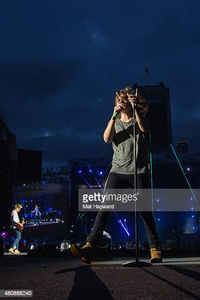 Singer Harry Styles of One Direction performs on stage at CenturyLink Field on July 15 2015 in Seattle Washington
