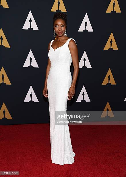 Singer Heather Headley arrives at the Academy of Motion Picture Arts and Sciences' 8th Annual Governors Awards at The Ray Dolby Ballroom at Hollywood...