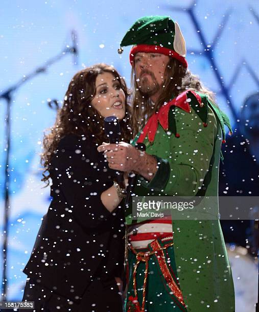 Singer Hillary Scott of Lady Antebellum and Trace Adkins perform onstage during the 2012 American Country Awards at the Mandalay Bay Events Center on...