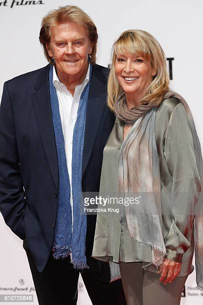 Singer Howard Carpendale and his wife Donnice Pierce attend the german premiere 'Unsere Zeit ist jetzt' at CineStar on September 27 2016 in Berlin...