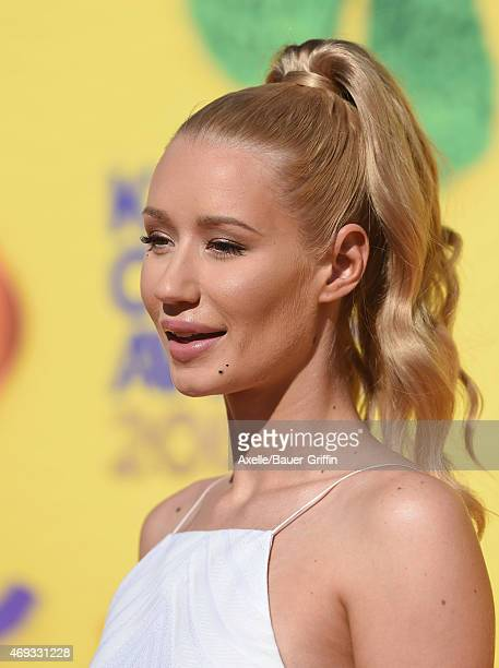 Singer Iggy Azalea arrives at Nickelodeon's 28th Annual Kids' Choice Awards at The Forum on March 28 2015 in Inglewood California