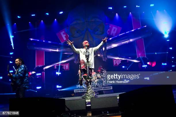 Singer Ivan Moody of the American band Five Finger Death Punch performs live on stage during a concert at the Velodrom on November 22 2017 in Berlin...