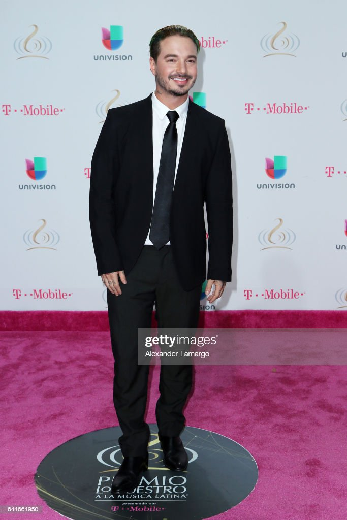 Singer J Balvin attends Univision's 29th Edition of Premio Lo Nuestro A La Musica Latina at the American Airlines Arena on February 23, 2017 in Miami, Florida.
