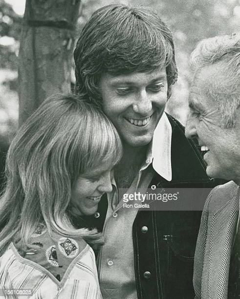 Singer Jack Jones actress Susan George and actor Allan Jones attend Third Annual Straw Hat Awards on May 16 1972 at Tavern on the Green in New York...