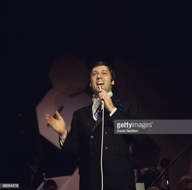 Singer Jack Jones performs on stage in the 1970's