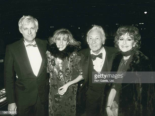 Singer Jack Jones wife Kim Ely actor Allan Jones and Esther Villavincie attend the premiere of '42nd Street' on February 10 1984 at the Shubert...