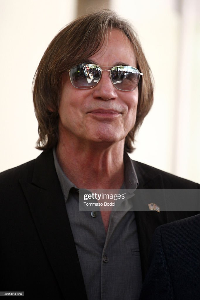 Singer Jackson Browne attend a ceremony honoring music executive Joe Smith wtih a star on The Hollywood Walk of Fame on August 27, 2015 in Hollywood, California.