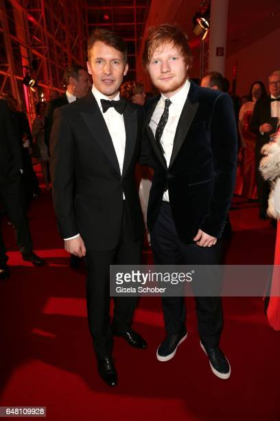 Singer James Blunt and singer Ed Sheeran during the Goldene Kamera reception at Messe Hamburg on March 4 2017 in Hamburg Germany