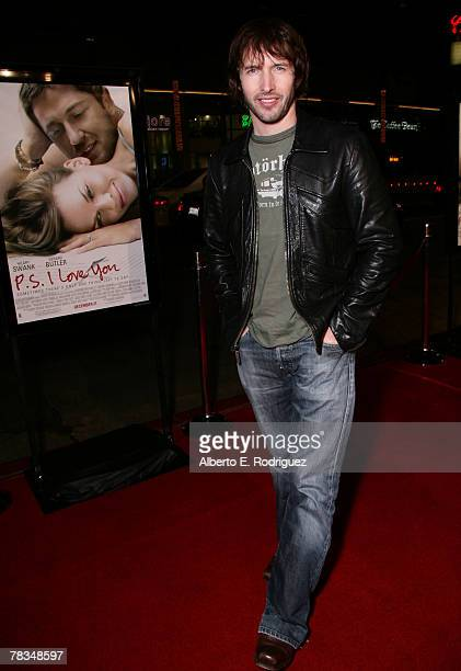 Singer James Blunt arrives at the premiere of Warner Bros' 'PS I Love You' held at Grauman's Chinese Theater on December 9 2007 in Los Angeles...