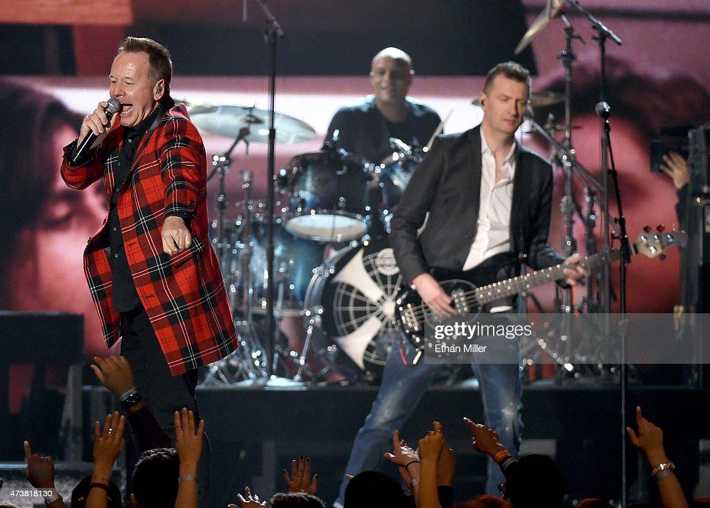 2015 Billboard Music Awards - Show : News Photo
